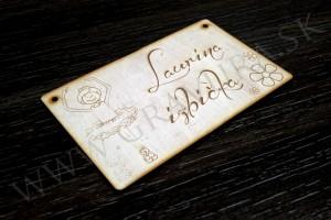 Laserom rezaná a gravírovaná drevená tabuľka